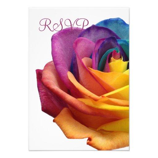 Tarjeta blanca subió arco iris de RSVP Anuncio