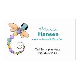 Tarjeta bonita de la mamá de la libélula tarjetas de visita