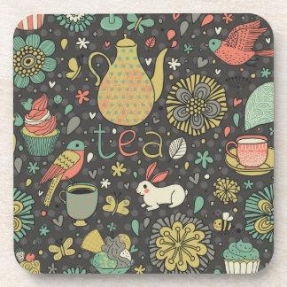 Tarjeta brillante sabrosa del té posavasos de bebidas