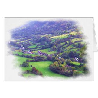 Tarjeta brumosa del valle