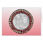Tarjeta céltica rosada