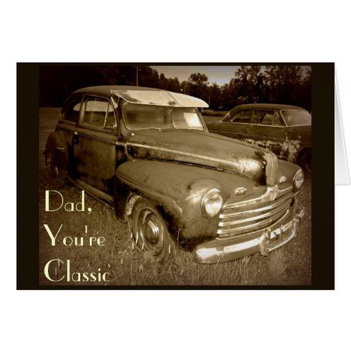 Tarjeta clásica del día de padre del coche