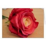 Tarjeta color de rosa rosada del día de madre