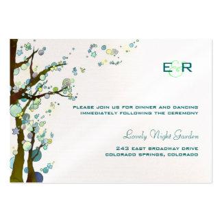Tarjeta con monograma blanca del recinto de la tarjeta de visita