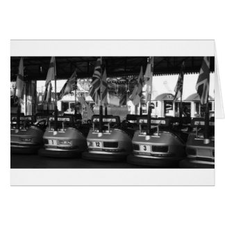 Tarjeta de coche de parachoques de Dodgem del parq