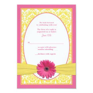Tarjeta de contestación amarilla rosada del boda anuncio