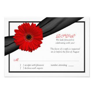 Tarjeta de contestación roja del boda de la cinta invitacion personal