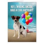 tarjeta de cumpleaños chistosa del dogy - enchufe