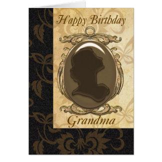 Tarjeta de cumpleaños de la abuela con el camafeo