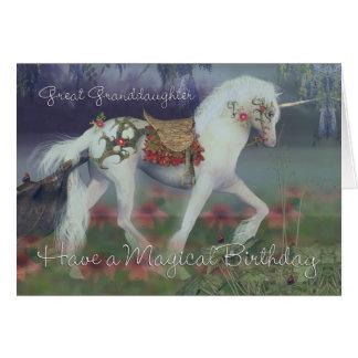 Tarjeta de cumpleaños de la bisnieta con el unicor