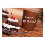 Tarjeta de cumpleaños de la torta y del café