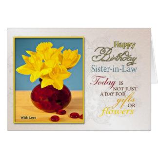 Tarjeta de cumpleaños de oro de los narcisos para