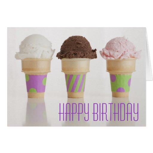 Tarjeta de cumpleaños de tres conos de helado