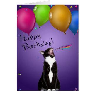 Tarjeta de cumpleaños del gatito del canto