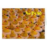Tarjeta de cumpleaños divertida de los patos 40.os