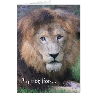 Tarjeta de cumpleaños divertida del león