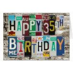 Tarjeta de cumpleaños feliz de las placas 35ta