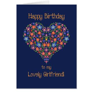 Tarjeta de cumpleaños floral del corazón del arte