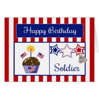 Tarjeta de cumpleaños militar del soldado