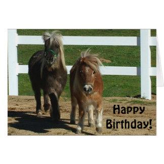 Tarjeta de cumpleaños miniatura linda del caballo