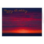 Tarjeta de cumpleaños púrpura y anaranjada abstrac