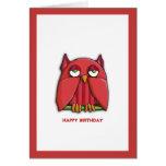 Tarjeta de cumpleaños roja del búho