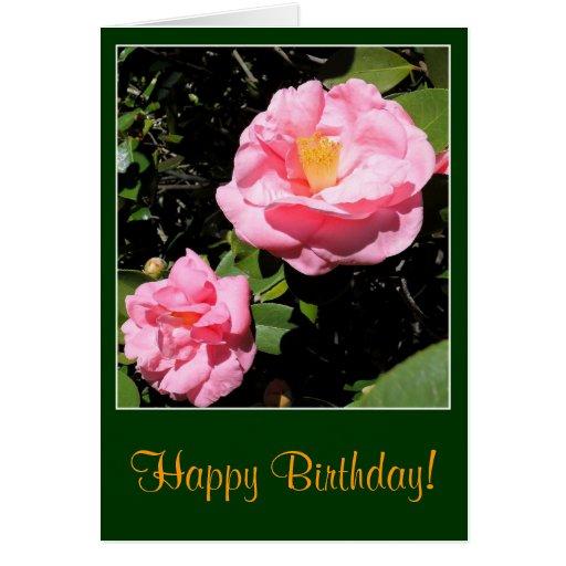 Tarjeta de cumpleaños rosada de la camelia