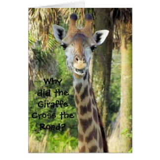Tarjeta de cumpleaños tonta de la jirafa (para los