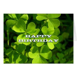 Tarjeta de encargo verde del feliz cumpleaños de
