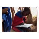 Tarjeta de felicitación africana del estudiante
