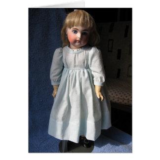 Tarjeta de felicitación antigua de la muñeca de la