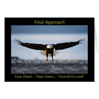 Tarjeta de felicitación de Eagle calvo del acercam