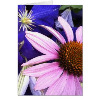 Tarjeta de felicitación de la flor rosada del cono
