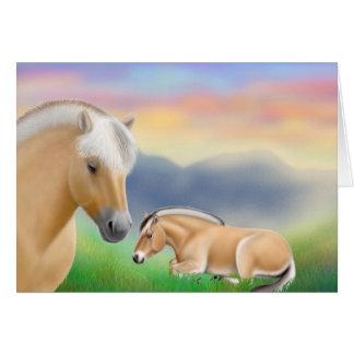 Tarjeta de felicitación de los caballos del fiordo
