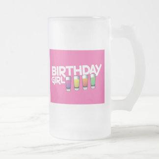 ¡Tarjeta de felicitación del chica del cumpleaños Jarra De Cerveza Esmerilada
