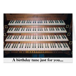 Tarjeta de felicitación del cumpleaños del teclado