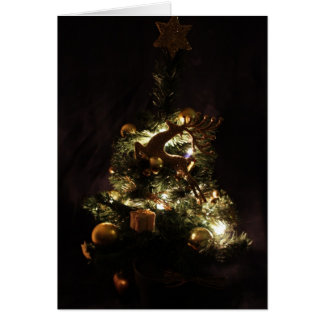 Tarjeta de felicitación del navidad con el árbol d