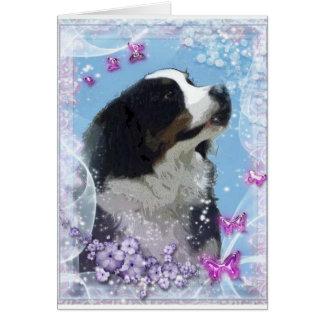 Tarjeta de felicitación del perro de montaña de
