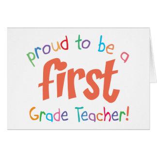 Tarjeta de felicitación orgullosa del profesor del