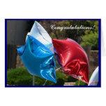 Tarjeta de felicitación patriótica de los globos d