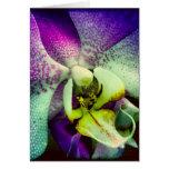 Tarjeta de felicitación púrpura del espacio en bla