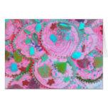Tarjeta de felicitaciones rosada de las magdalenas