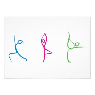 Tarjeta de la actitud de la yoga anuncio personalizado