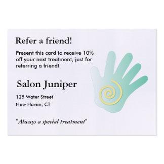 Tarjeta de la remisión con la mano del masaje tarjetas de visita grandes