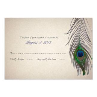 Tarjeta de la respuesta del boda del pavo real del invitaciones personalizada