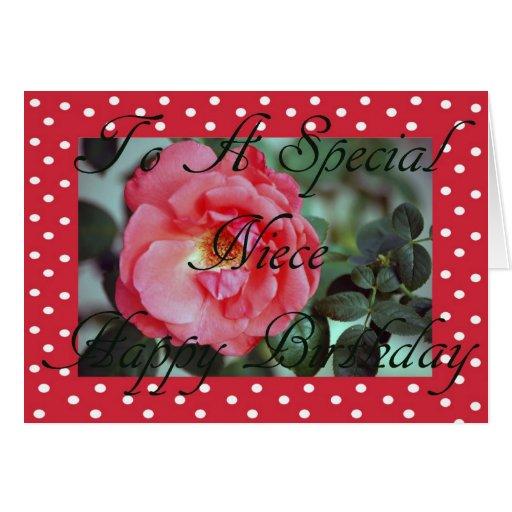 Tarjeta de la sobrina del cumpleaños del rosa rojo