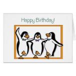 Tarjeta de los pingüinos del feliz cumpleaños
