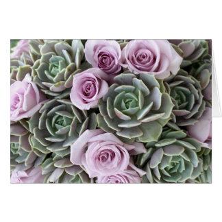 Tarjeta de los rosas y de los echeverias de la
