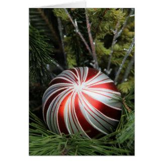 Tarjeta de Navidad con el ornamento