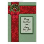 Tarjeta de Navidad roja y verde del modelo